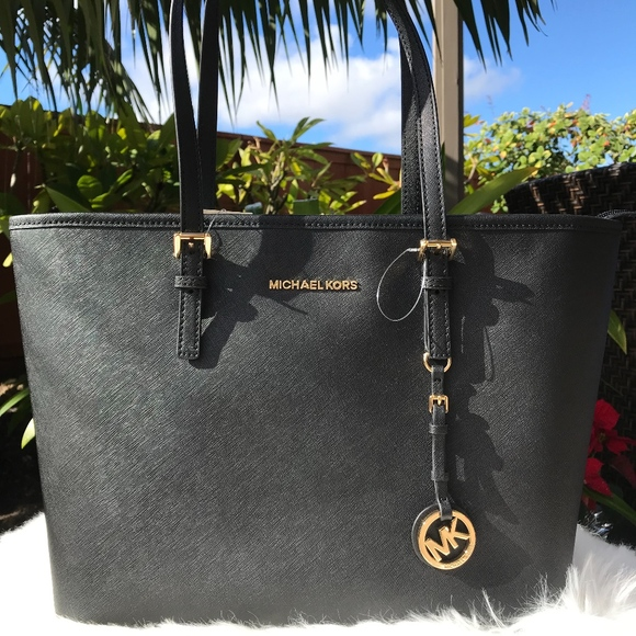 3d490ca1a0c6 Michael Kors Bags | Jet Set Travel Black Leather Tote | Poshmark